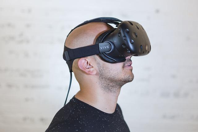 Persona con unas gafas de VR