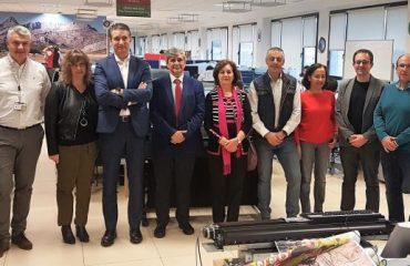 Miembros de la ULE visitando als instalaciones de HP León