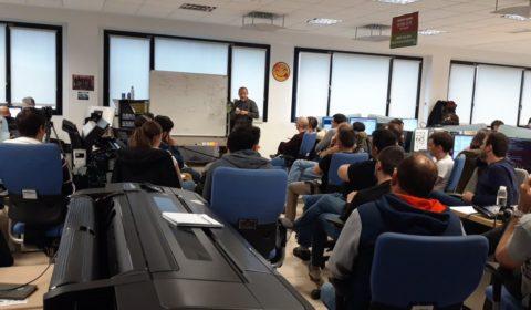 Nuestro compañero Javier Roses imparte una clase magistral sobre el proceso de impresión